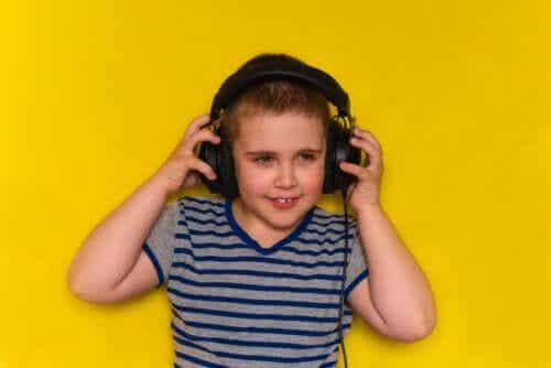 Pourquoi les enfants doivent-ils écouter des chansons en anglais ?