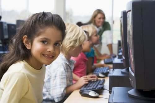 Pourquoi les cours d'informatique sont-ils importants pour les enfants ?