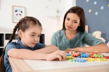 Comment affronter le confinement avec des enfants handicapés intellectuellement