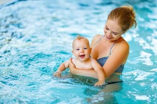 Couches jetables de piscine pour bébé