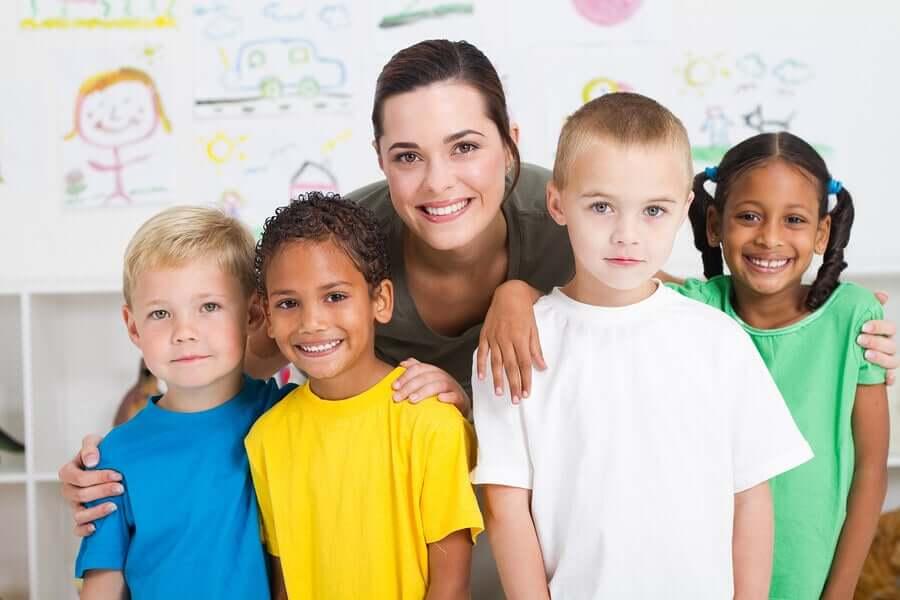 Quelles sont les caractéristiques d'un bon professeur pour les enfants ?