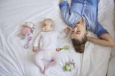 Le sommeil de la mère après la naissance du bébé