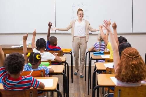 Un bon professeur sait instaurer une bonne ambiance dans sa salle de classe