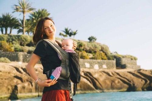 Porte-bébés: avantages et conseils d'utilisations
