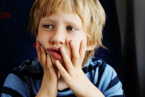 L'autisme et les capacités sociales et scolaires