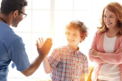Aider l'enfant à gagner en confiance et en autonomie.