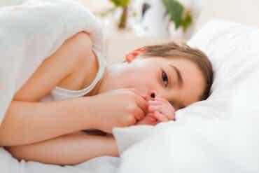 La toux sèche nocturne chez l'enfant, que faire ?