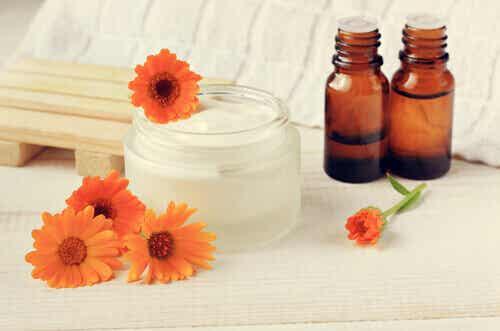 10 bienfaits des huiles essentielles pour bébés et enfants