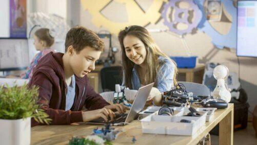 Enseigner aux adolescents le concept de privilège
