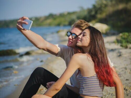 Les amours d'été pendant l'adolescence