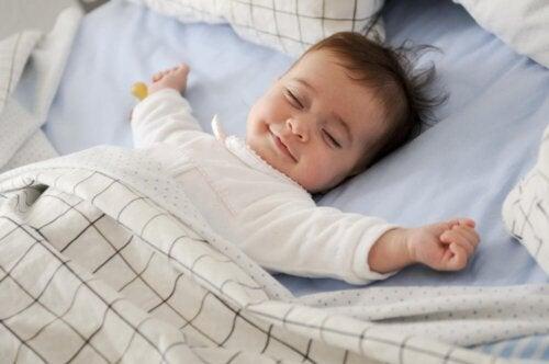 Comprendre et surmonter la régression du sommeil de votre bébé