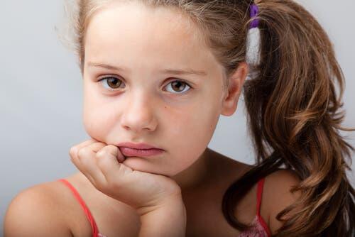 L'importance de la compassion et de l'écoute pour un enfant en dépression.
