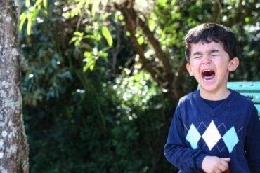 Signes que votre enfant est sur le point de piquer une crise de colère