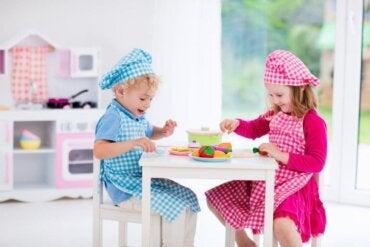 Les dînettes et leur attrait dans l'enfance