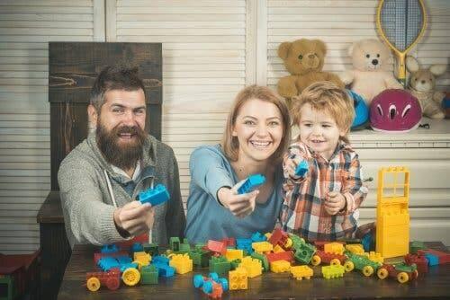 Une famille jouant aux Legos.