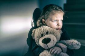 5 signes de carence affective chez les enfants