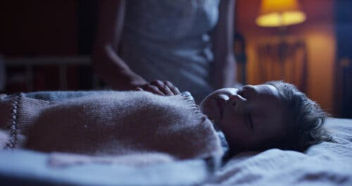 L'hypnopédie sur les enfants endormis paisiblement.