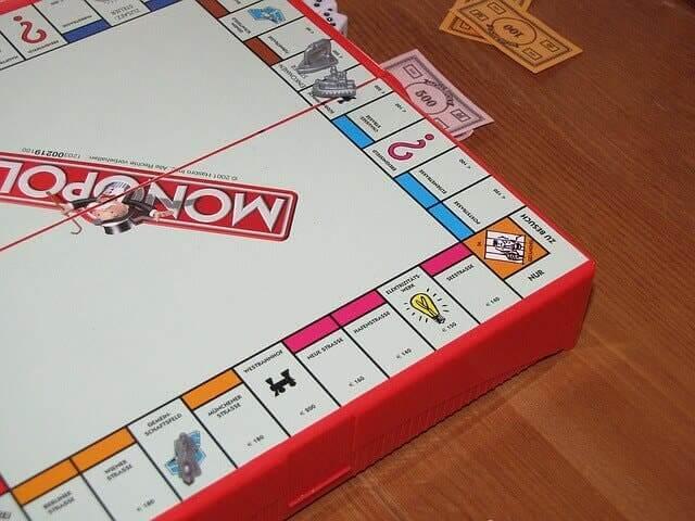 Le jeu du monopoly.