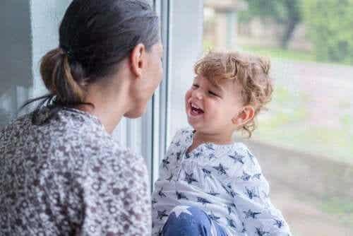 Élevez des enfants sans orgueil mais emplis d'amour-propre