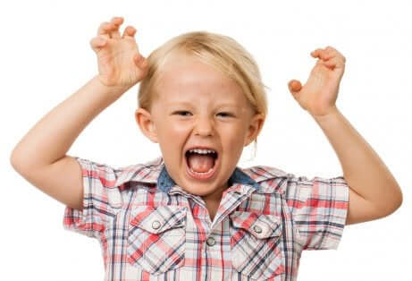 Un enfant hyperactif.