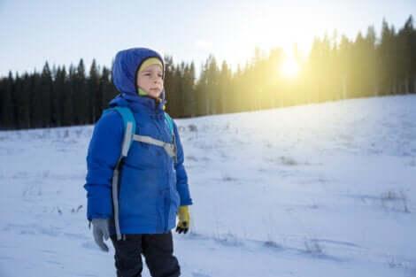 Un enfant résilient sûr de lui.