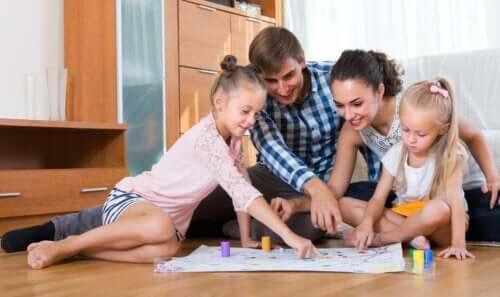 6 jeux familiaux avec du papier et un crayon