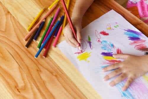 Le dessin comme première forme d'écriture de l'enfant