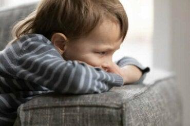 5 mauvais comportements des enfants que nous ne devons pas permettre