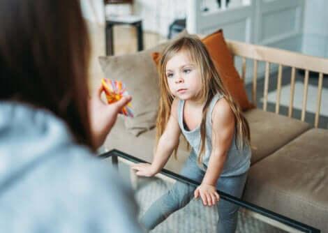 Une petite fille autiste.