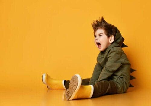 Pourquoi les enfants deviennent-ils agressifs ?
