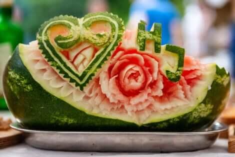 Une pastèque selon l'art Mukimono.