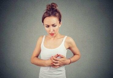 Pourquoi a-t-on mal aux seins pendant l'ovulation ?