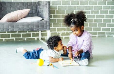 Les activités manuelles chez les enfants.