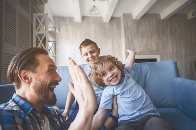 Comment empêcher les enfants de rechercher l'approbation des autres?