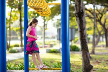 6 conseils pour aider les enfants qui se sentent rejetés
