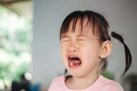La colère d'une petite fille.
