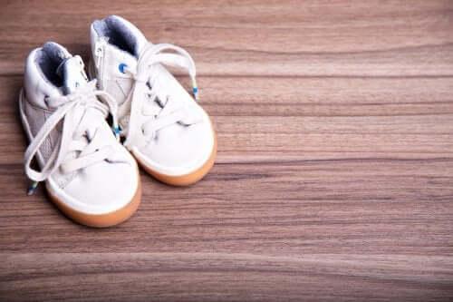 Les dangers des chaussures à roulettes pour les enfants