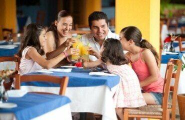 Conseils pour manger en famille à l'extérieur