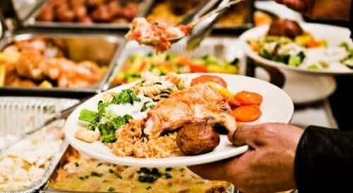 Un plat varié au restaurant.