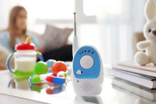 Les babyphones pour surveiller les bébés