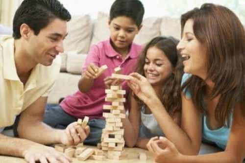 7 jeux à partager avec votre enfant