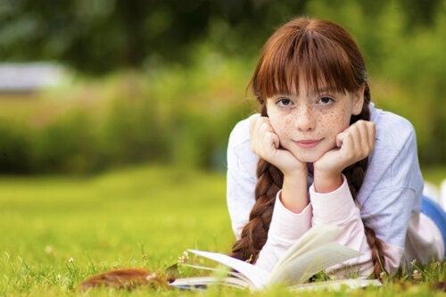 4 auteurs qui feront lire aux adolescents