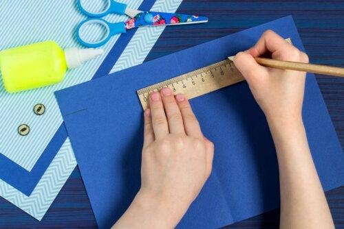 4 bricolages en papier à faire avec les enfants