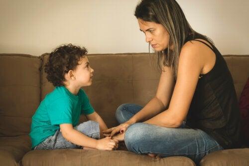 Comment expliquer aux enfants qu'un membre de la famille est atteint d'un cancer