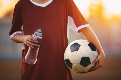 Hydratation et sport chez l'enfant ce qu'il faut savoir