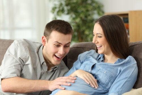 Pourquoi un bébé a-t-il besoin de bouger dans l'utérus ?