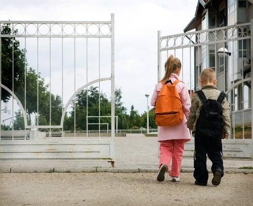 8 erreurs des parents lors des premiers jours d'école