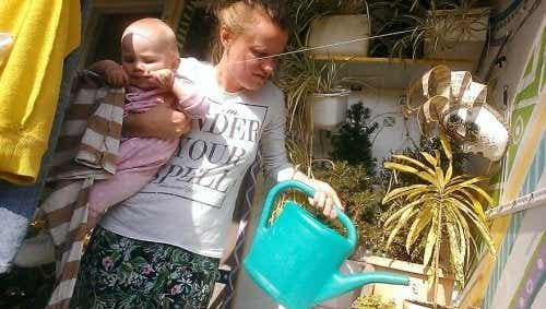 Une mère immortalise le quotidien de sa maternité