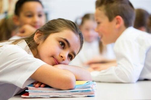 Ce que les cernes des enfants disent de leur santé