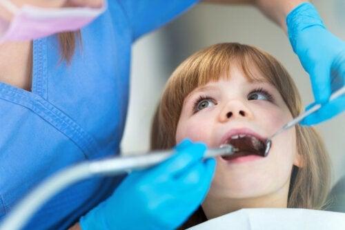Les clés pour choisir le meilleur dentiste pour votre enfant